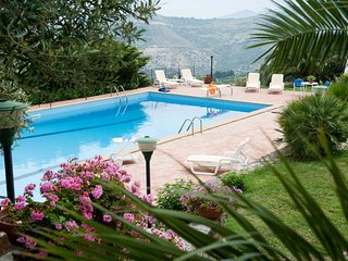 2 bedroom Apartment in Contrada Gatto, Sicily, Italy : ref 5247359
