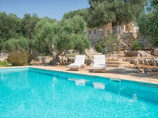 4 bedroom Villa in Traghetto, Apulia, Italy : ref 5248111
