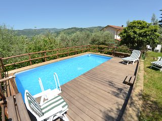 2 bedroom Villa in Chiesina Uzzanese, Tuscany, Italy : ref 5247708