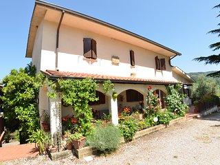 2 bedroom Villa in Chiesina Uzzanese, Tuscany, Italy : ref 5247708