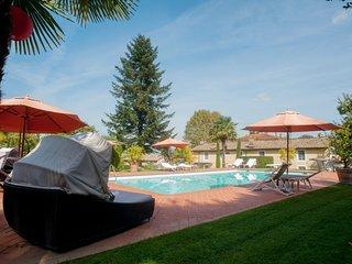 6 bedroom Villa in Colle di Compito, Tuscany, Italy : ref 5247725