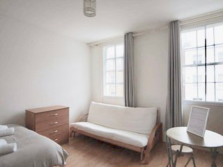 Lovely double studio in Marylebone