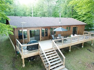'Angells' Landing' on the Big Rideau Lake - Vacation Rental Listing Details