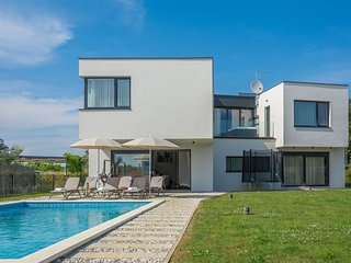 4 bedroom Villa in Filipac, Istria, Croatia : ref 5606930