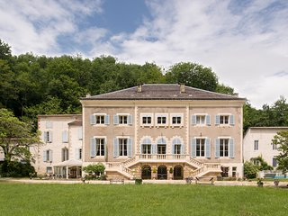 14 bedroom Chateau in Allieres, Occitania, France : ref 5627090