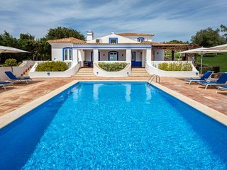 5 bedroom Villa in Malhadais, Faro, Portugal : ref 5238889