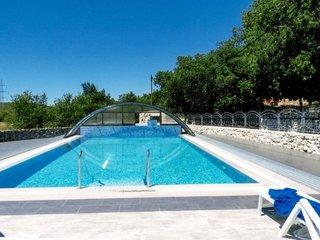 6 bedroom Villa in Trolokve, Splitsko-Dalmatinska Zupanija, Croatia : ref 562449