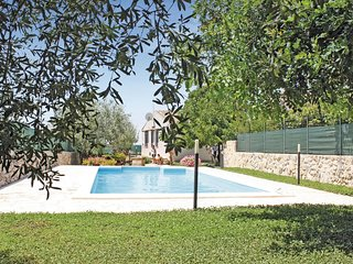 3 bedroom Villa in Savarino, Sicily, Italy - 5540062