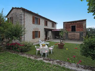 4 bedroom Villa in Vallecchia, Tuscany, Italy : ref 5630514