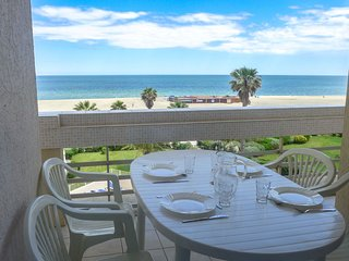 2 bedroom Apartment in Canet-Plage, Occitania, France : ref 5514949