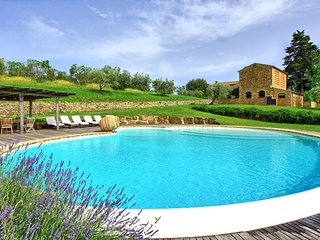 6 bedroom Villa in Piecorto, Tuscany, Italy : ref 5240242