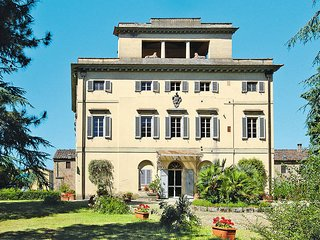 2 bedroom Apartment in Malafrasca-San Frustino, Tuscany, Italy : ref 5446319