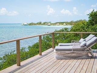 Penthouse Oceanfront Cabana