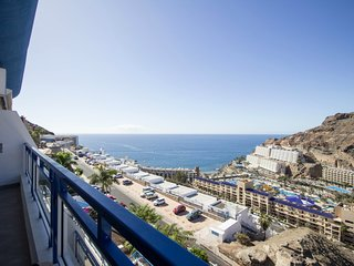 A Place in the Sun - Modern & fully equipped flat with ocean views