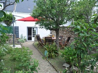 2 bedroom Villa in Quiberon, Brittany, France : ref 5585824