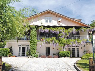 6 bedroom Villa in Buonconsiglio-Colombara, The Marches, Italy - 5539898
