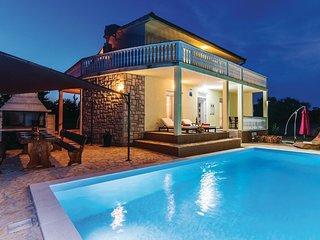4 bedroom Villa in Donja Jagodnja, Zadarska Županija, Croatia : ref 5574729