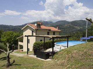 4 bedroom Villa in San Martino in Freddana-Monsagrati, Tuscany, Italy : ref 5447