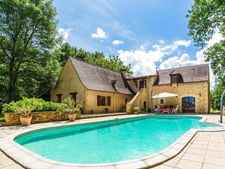 5 bedroom Villa in Soulaleve, Nouvelle-Aquitaine, France : ref 5049672