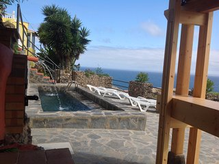 BEAUTIFUL NEW APARTMENT WITH POOL, OWN TERRACE, STUNNING VIEWS OF MT TEIDE & SEA