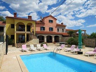 8 bedroom Villa in Vodnjan, Istarska Županija, Croatia : ref 5439802