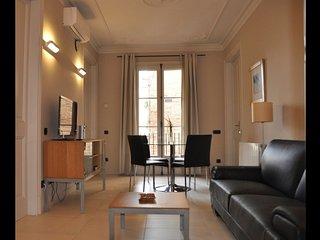 2 bedroom Apartment in Barcelona, Catalonia, Spain : ref 5623049