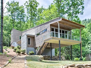 Lake Glenville Mountain Modern Home w/Kayaks, Dock