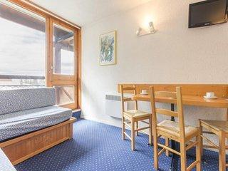 Studio 4 personnes avec balcon sud, residence Belles Challes