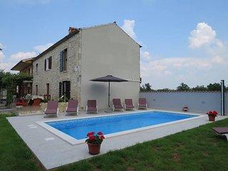 3 bedroom Villa in Šajini, Istarska Županija, Croatia : ref 5439799