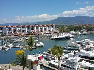 Welcome to our luxurious condo fronting on Mexico's largest, world-class Marina!