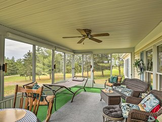 Country Himrod Home w/ Fire Pit on Seneca Lake!