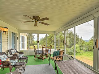 Finger Lakes Retreat w/ Sunroom, Fire Pit & BBQ!