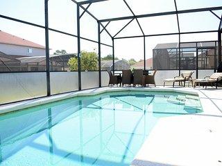 4 Bedroom Gold Star Home - Bay Villa