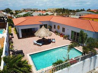 Island Sun Villa