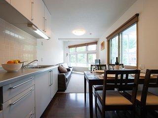 Yukon Apartments - Yukon 3
