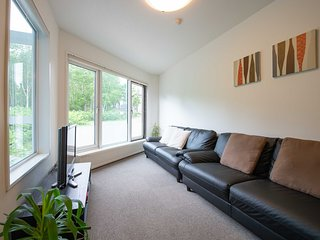 Yukon Apartments - Yukon 4