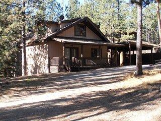 Knollwood Cabin Mountain Getaway
