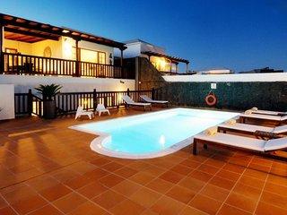 106072 - Villa in Playa Blanca