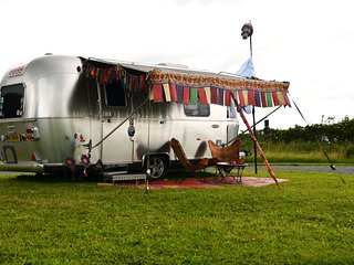Airstream at Ettie's Field Boho Glamping Ground - Ettie