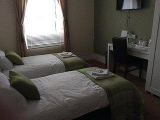 Sea Breeze Guest Home Eastbourne - Room 3