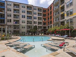 Discount-SuperHost-SoBe Elliston Apartment for 5