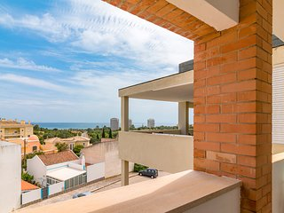 Stylish Well Appointed Apartment Near the Sea, Alvor, Algarve