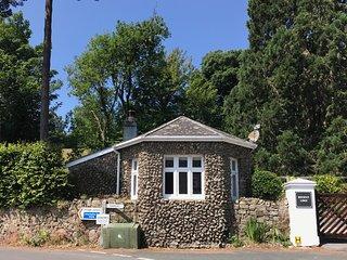 Beechnut Lodge, Lustleigh, Dartmoor, Devon. A luxury, romantic boutique cottage
