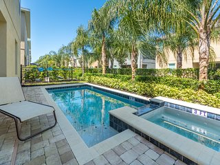 ACO PREMIUM – 8Bd with Private Pool & Grill (1816)