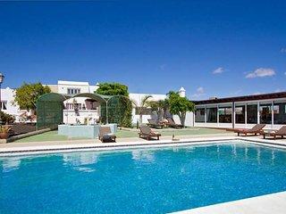 9 bedroom Apartment in Puerto del Carmen, Canary Islands, Spain : ref 5641765
