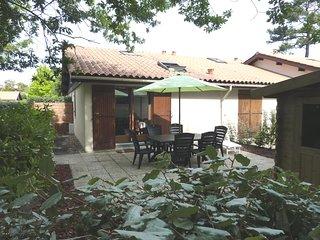 Maison avec jardin et piscine dans la résidence