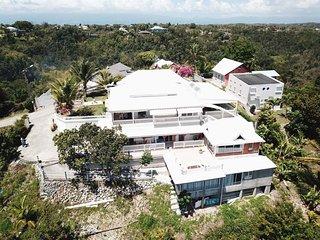 Brown's Villa - T1 dominica