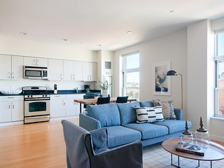 Desirable 2BR in South End by Sonder