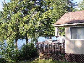 Muskoka 2 Cottages (Lakeview and Sundance) on Beautiful Clear Lake