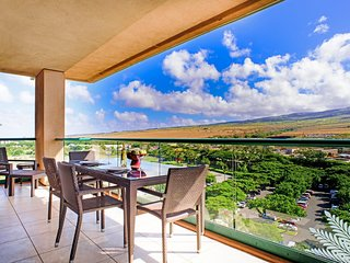 Maui Resort Rentals: Honua Kai Hokulani 1022 – Large Top Floor 2BR w/ Mountain &